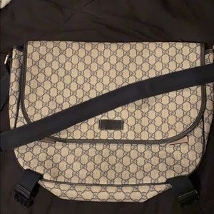 designer bag. gucci canvas messenger bag